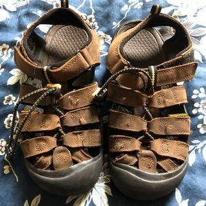 Boys keen Newport brown sandals 4